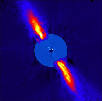 Die Staubscheibe um Beta Pictoris. Man beachte die unterschiedliche Dichteverteilung des Staubes auf den beiden Seiten. ESO/A.-M. Lagrange et al.
